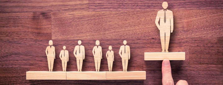 مدیریت کاریزماتیک؛ ویژگی ذاتی یا مهارتی قابلیادگیری؟
