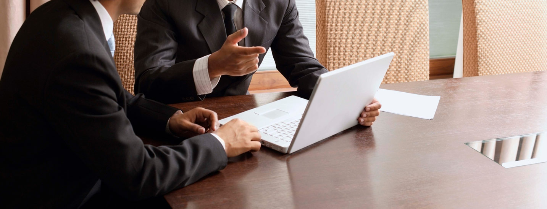 ۲۱ سوال درباره رشد و توسعه کارمندان که در جلسات باید بپرسید